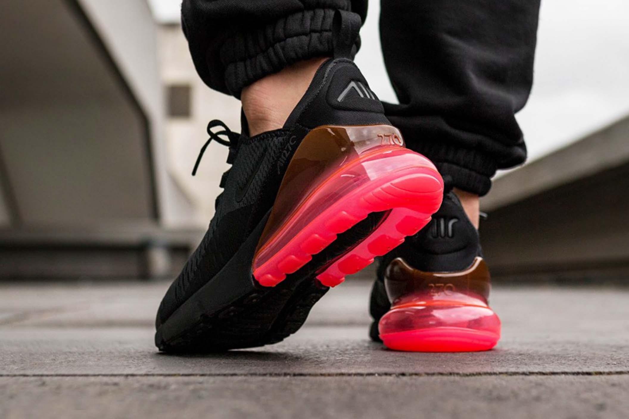 Где выгодно купить кроссовки Nike?
