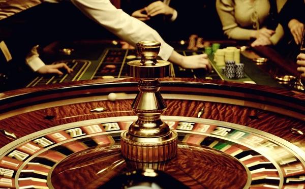 Система игры в рулетку «Девять к пяти»