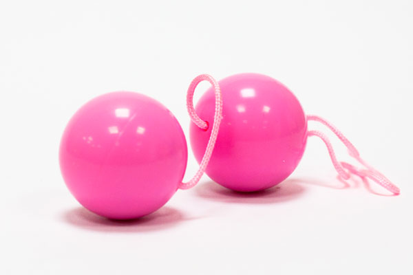 Выбираем вагинальные шарики в интим магазине